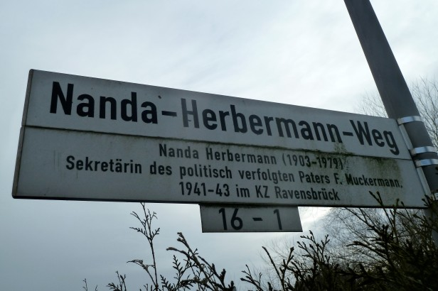 10_ Nanda Herbermann-Weg